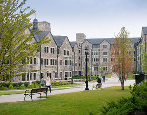 College Movers and Storage Solutions in Alexandria, VA & Washington, D.C.